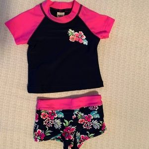 Baby girls rash guard and boy short set